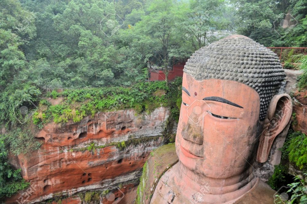 World's biggest Buddha in Leshan closeup