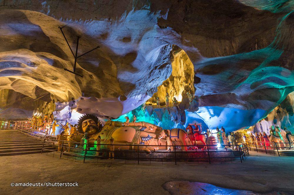 batu-caves-coloful