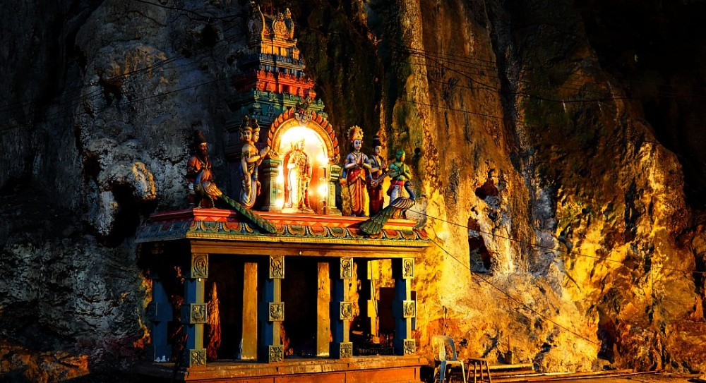 religious-ornaments-batu-caves