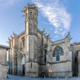 depositphotos_127652408-stock-photo-basilica-of-saint-nazaire-in